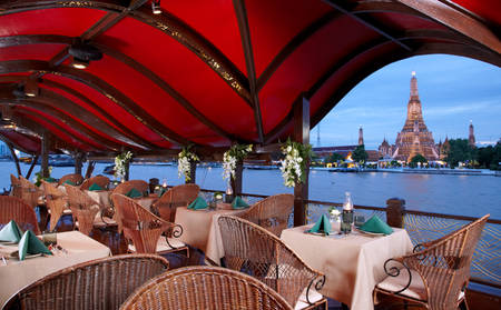Anantara_Riverside_MANOHRA-DINING-CRUISE-ON-THE-RIVER-OF-KINGS