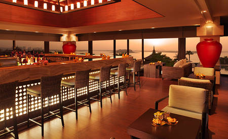1_Anantara-Palm-Dubai_Lotus_Lounge