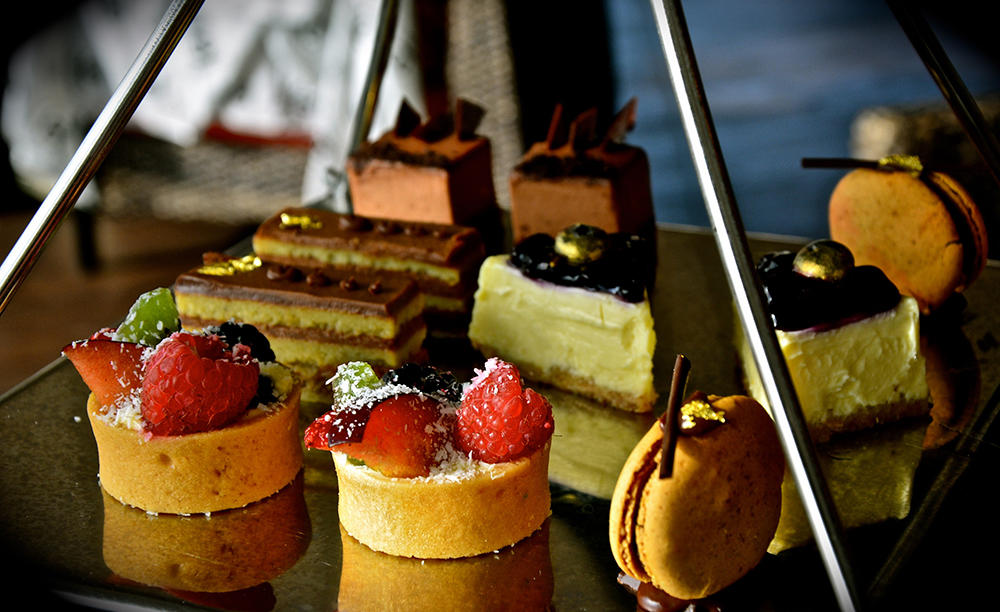 2_Anantara-Palm-Dubai_Lotus_Lounge_Afternoon-Tea