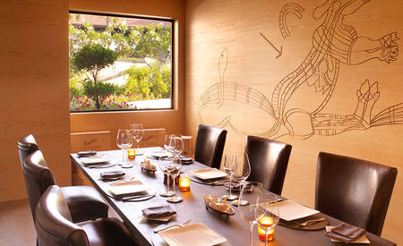 3_Anantara-Palm-Dubai_Bushman's_Private_Dining_Room