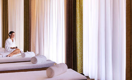 3_Anantara-Palm-Dubai_Spa_Relaxation_Lounge
