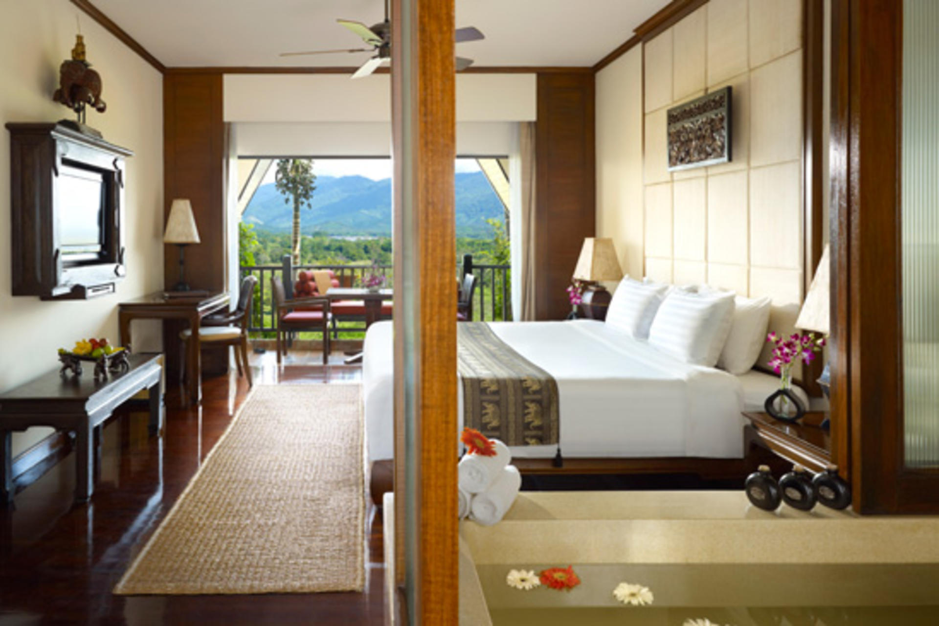 Anantara_Golden-Triangle_Deluxe-Three-Country-View