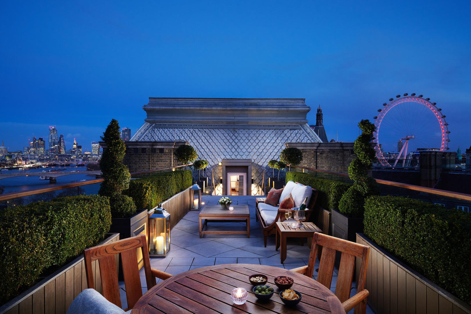 Corinthia-Hotel-London-view