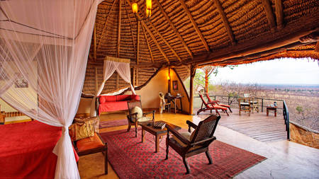 Elsa's-Kopje-Meru---Honeymoon-Suite-4