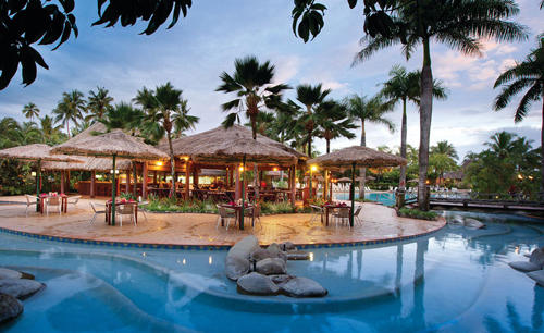 Outrigger-Fiji_Beach_Resort_Baravi_Restaurant