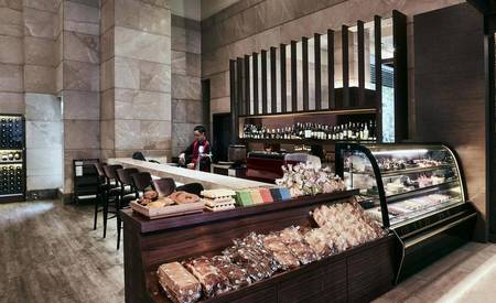 Pan_Pacific_Hanoi_The_Pastry_Corner